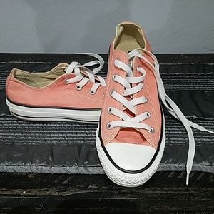 CONVERSE ALLSTAR PINK LOW TOPS SIZE 6